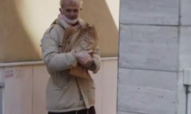 """Scene teriafiante în Italia, unde oamenii au rămas fără bani de mâncare: """"Te porți ca un animal sălbatic! Asta nu e viață"""""""