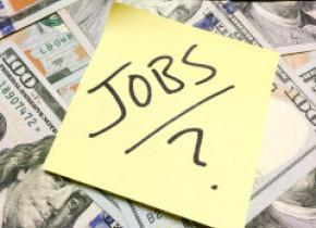 Mai mult de 875.000 de români au rămas fără loc de muncă în ultimele patru luni. Cum va arăta tabloul crizei pe piața muncii