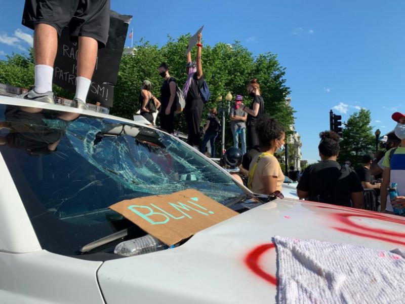 masina vandalizata secret service - cnn