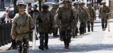 Câți militari a vrut Trump să trimită pe străzi ca să înăbușe protestele