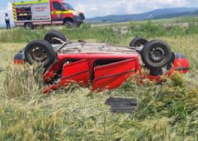 Accident cu 12 victime, între care 5 copii, după ce două autoturisme cu intrat în coliziune. Care a fost cauza