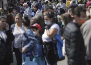 Masca de protecție devine obligatorie în București. Spațiile vizate de autorități