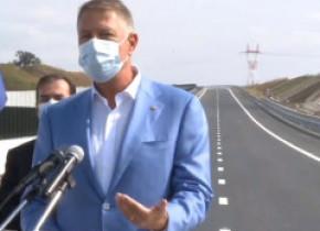Iohannis, la deschiderea noului tronson de autostradă: Am venit aici să dau un semnal. Trebuie să lucrăm mai repede