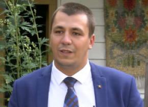 Alegeri locale 2020. Cine este cel mai tânăr candidat la primăria unui oraș din România