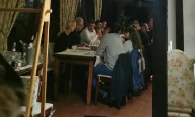 Marcel Ciolacu, la masă cu 10 persoane, prins sfidând regulile anti-Covid