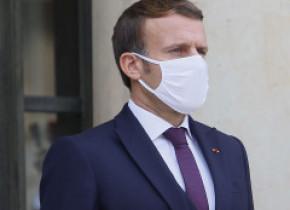 Decapitarea unui profesor în Franţa: Macron promite intensificarea acţiunilor împotriva islamului radical