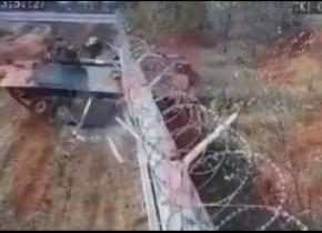 Momentul în care un tanc rusesc greșește drumul și intră într-un aeroport internațional. Tanchistul a fost arestat