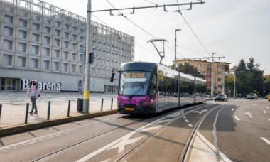 FOTO & VIDEO. Primele tramvaie noi, produse la Astra Arad, au început să circule la Cluj-Napoca. Cum arată și ce dotări au