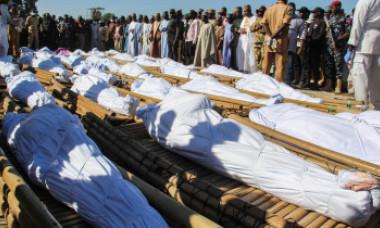 Măcel îngrozitor: Cel puţin 110 civili ucişi cu sânge rece într-un atentat. 43 de victime au gâtul tăiat