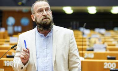 Cine este europarlamentarul care a participat la orgia sexuală gay. Ce a făcut după ce a fost prins