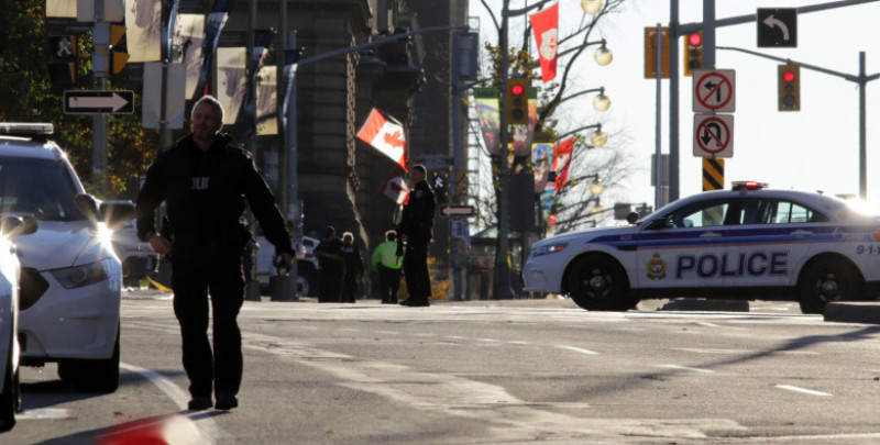 Shots Fired In Ottawa At City's War Memorial And Inside Parliament Building