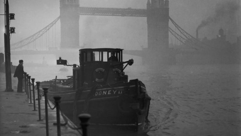 Smog On The Thames