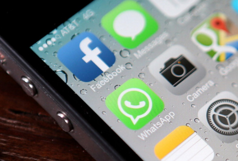 telefon android facebook whats app