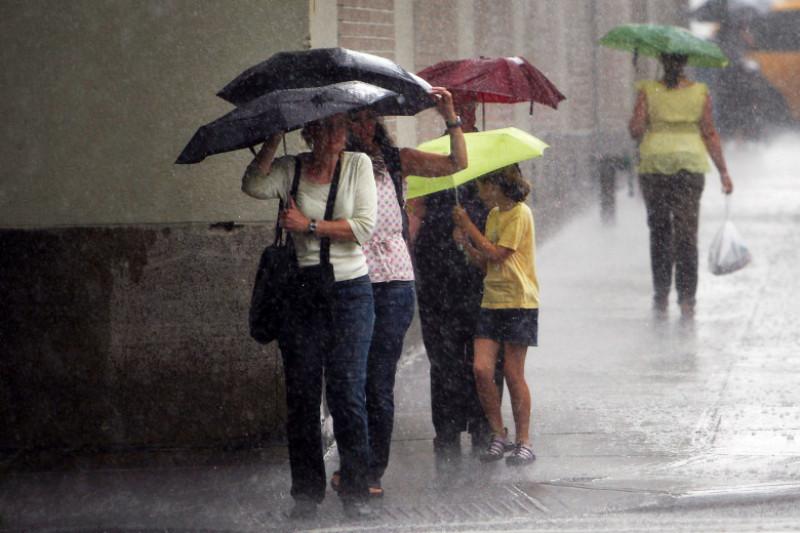 Severe Thunderstorms Continue To Bring Rain And High Winds to New York City