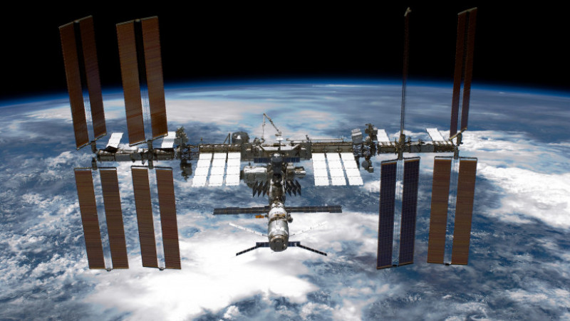 Space Shuttle Endeavour Makes Last Trip To ISS Under Command Of Astronaut Mark Kelly