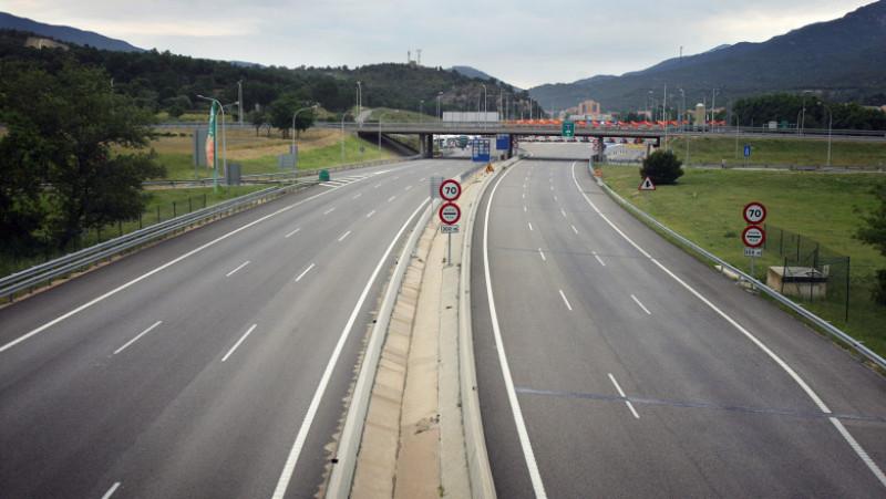 Spanish Transport Strike Blockades Border To France