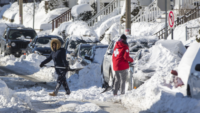 """Northeast U.S. Digs Out After """"Bomb Cyclone"""" Snowstorm"""