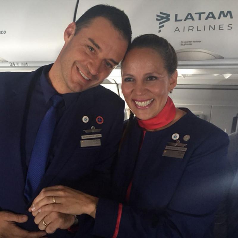 casatoriti de papa in avion