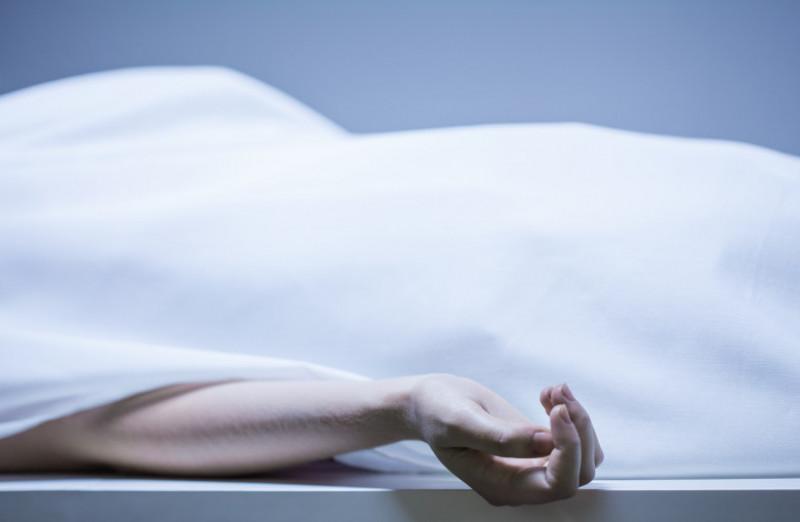 cadavru femeie morga_shutterstock_222269452
