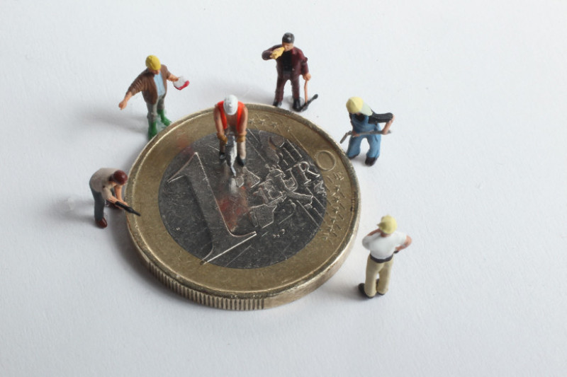 Euro Faces Continued Uncertainty