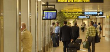 Noi reguli pentru românii care vin în țară. Ce trebuie să facă pentru a evita carantina