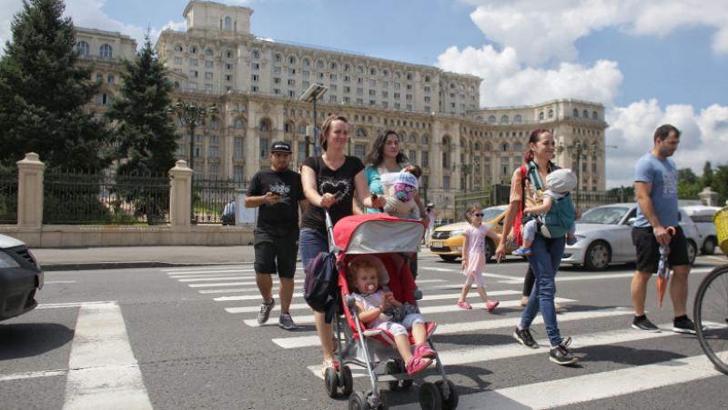 protest copii trecere de pietoni parlament inquam octav ganea20180711114342_IMG_0364-01