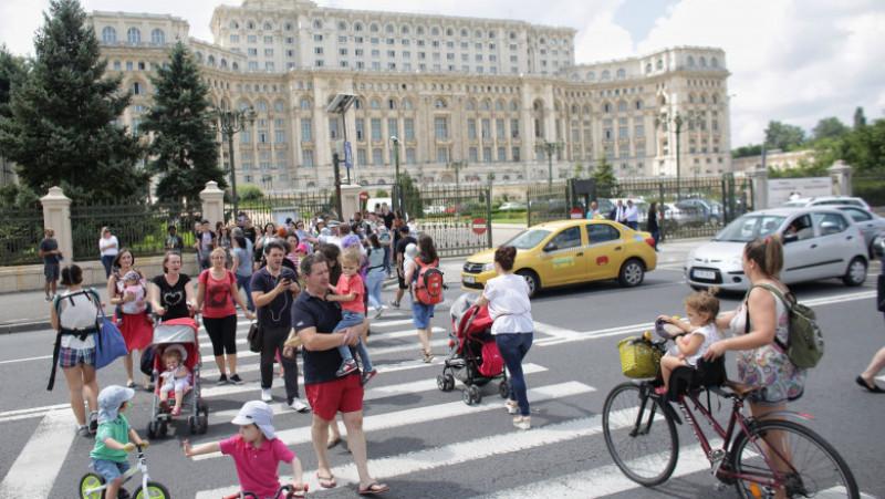 protest copii trecere de pietoni parlament inquam octav ganea 20180711115954_IMG_0461-01