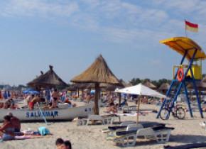 """Plajele sunt pline, oamenii nu țin cont nici de caniculă, nici de coronavirus: """"Venim la mare și ne asumăm"""""""