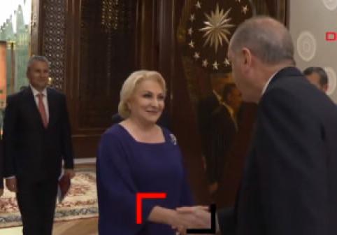 VIDEO. Un ziar din Turcia publică înregistrarea cu sunet a întâlnirii dintre Dăncilă și...