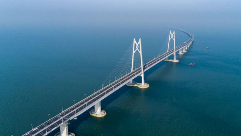 Hong Kong-Zhuhai bridge