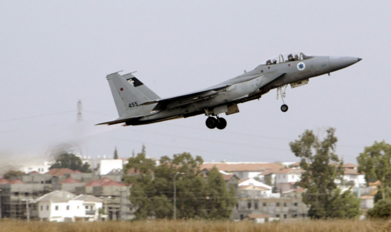avion f-15 israel_GettyImages-2658122