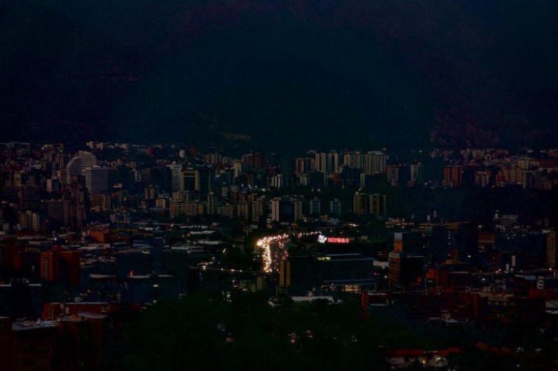 pana-curent-caracas-venezuela-twitter