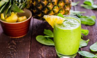 Ce a pățit o femeie care și-a injectat intravenos suc de fructe ca să beneficieze mai repede de vitamine