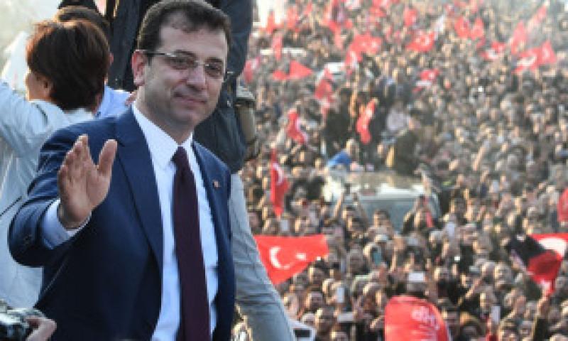 Decizia neinspirată a lui Erdogan. Cum s-ar putea să-și fi semnat sfârșitul politic