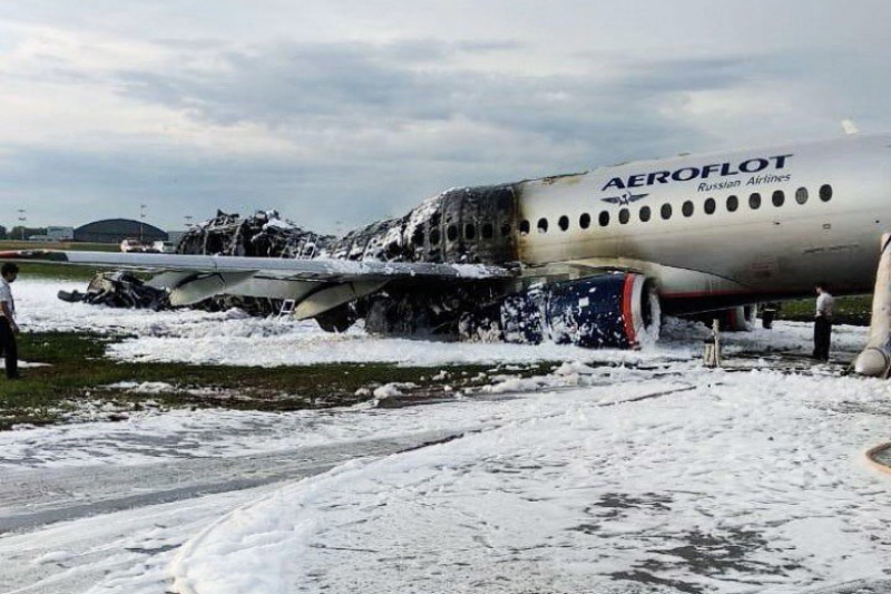 accident aviatic rusia avion in flacari