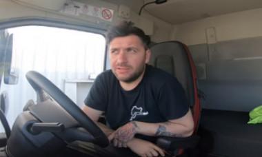 Un șofer de TIR îi dă o replică brutală viceprimarului PSD care i-a jignit pe șoferii români, acuzându-i de lene