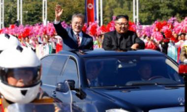 Cum își procură de fapt Kim Jong-un limuzinele le lux de 500.000 de dolari. Rețeaua ilegală pe care și-a făcut-o în 90 de țări