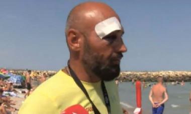 """Salvamar bătut de un turist pe care-l salvase. Incidentul, povestit de victimă: """"M-am trezit grămadă în apă, plin de sânge tot"""""""
