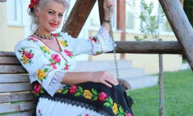 Cântăreața de muzică populară Anamaria Pop a murit într-un accident produs în Maramureș