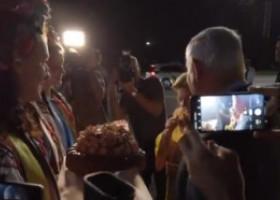 VIDEO. Gestul total nediplomatic făcut de soția premierului israelian în Ucraina, chiar pe aeroport