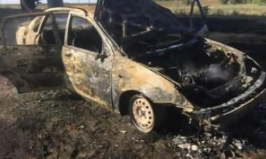 Un tânăr a postat un mesaj pe Facebook, iar apoi şi-a dat foc în maşină, pe Autostrada Soarelui