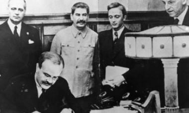 Moscova a publicat protocolul secret al Pactului Ribbentrop-Molotov la 80 de ani de la semnare. Documentul reaprinde polemici în Rusia