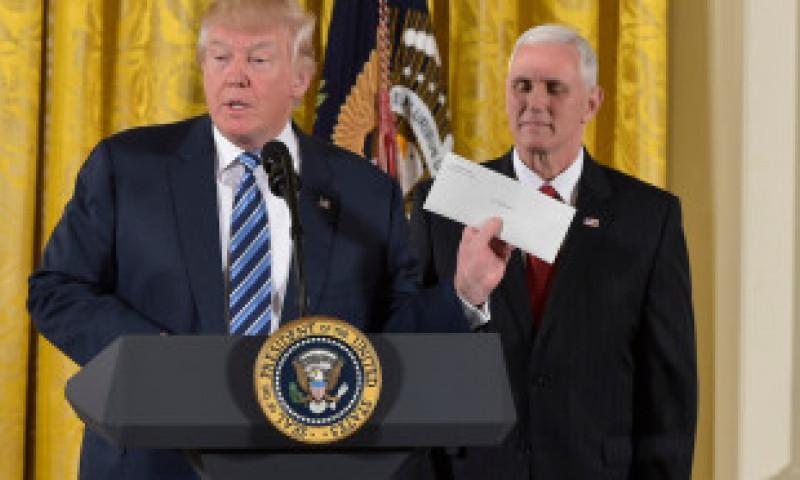 """""""Nu te lăsa doborât de curcani!"""" Ce spun președinții americani în scrisorile lăsate succesorilor lor"""