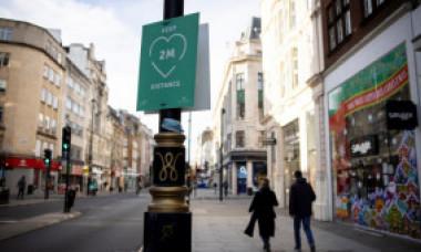Piața imobiliară din Londra se prăbușește. Londonezii evită să locuiască în oraș, locuințele de lux au rămas fără chiriași de două luni