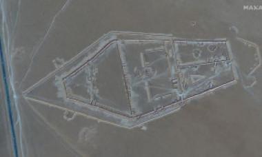 Ce se pregătește în Libia? Imagini din satelit dezvăluie că mercenarii ruși din grupul Wagner sapă tranșee uriașe - FOTO
