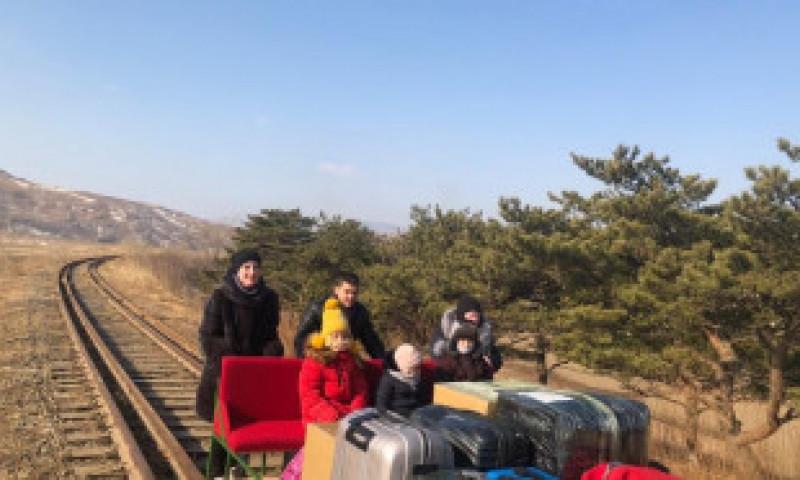 Coreea de Nord a trimis un grup de diplomați înapoi în Rusia într-o drezină