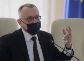Sorin Cîmpeanu anunță că 225.000 de elevi au fost înscriși pentru cursuri de recuperare a materiei
