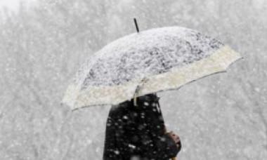 Chiar dacă ne apropiem de mijlocul lunii martie, ninsorile nu se vor opri. Iarna revine, miercuri, în București