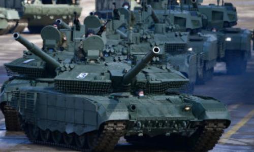 """Ministrul apărării din Germania avertizează: Rusia generează o ameninţare """"concretă şi imediată"""" pentru securitatea Europei"""