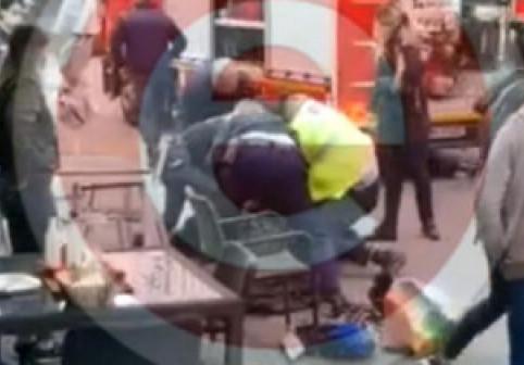 Un bărbat a murit după ce a fost trântit la pământ și imobilizat de polițiști, la Pitești. Momentul a fost filmat